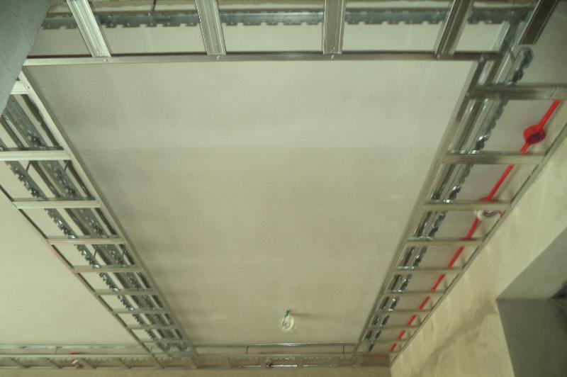 上一条:轻钢龙骨吊顶 下一条:昆明圆通山演艺厅装修 |木作工程