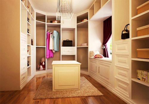 或是自己或设计师分割空间后划分出来的,衣帽间的占地空间并不需要大