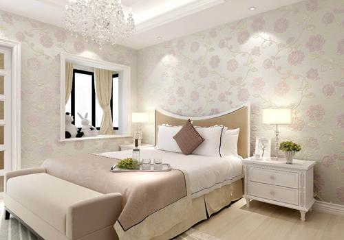 比如高雅华贵的欧式卧室应选择浅色的墙纸更能凸显居室的优雅大气感